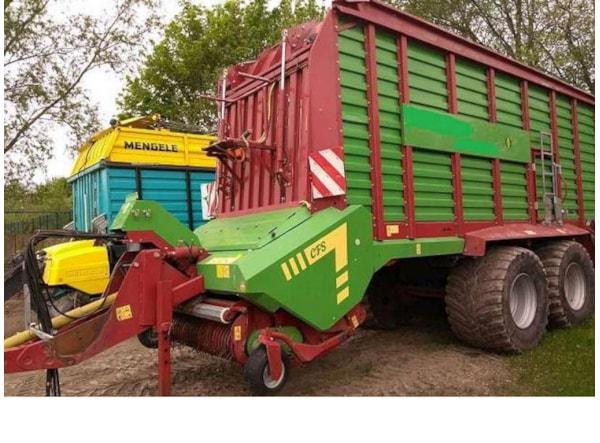 Remorci Agricole  Strautmann GIGA-VITESSE CFS 400
