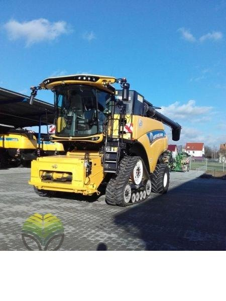 Combine Agricole  New Holland CR 9.90 SCR SmartTra…