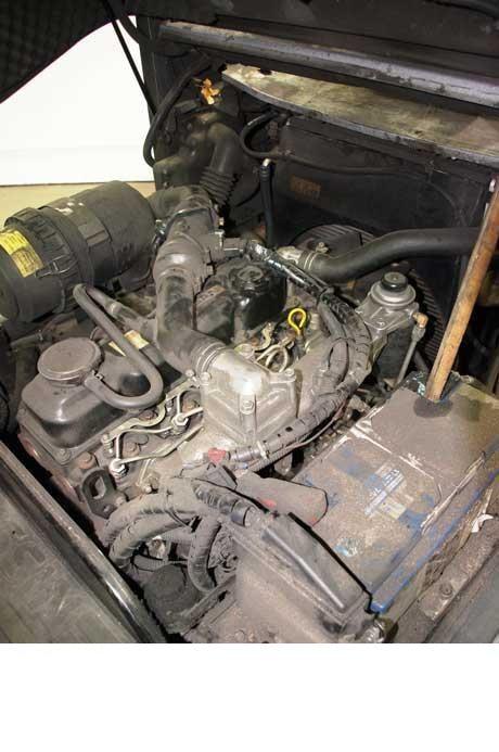 Motostivuitoare Diesel  Nissan Y1D2A25Q